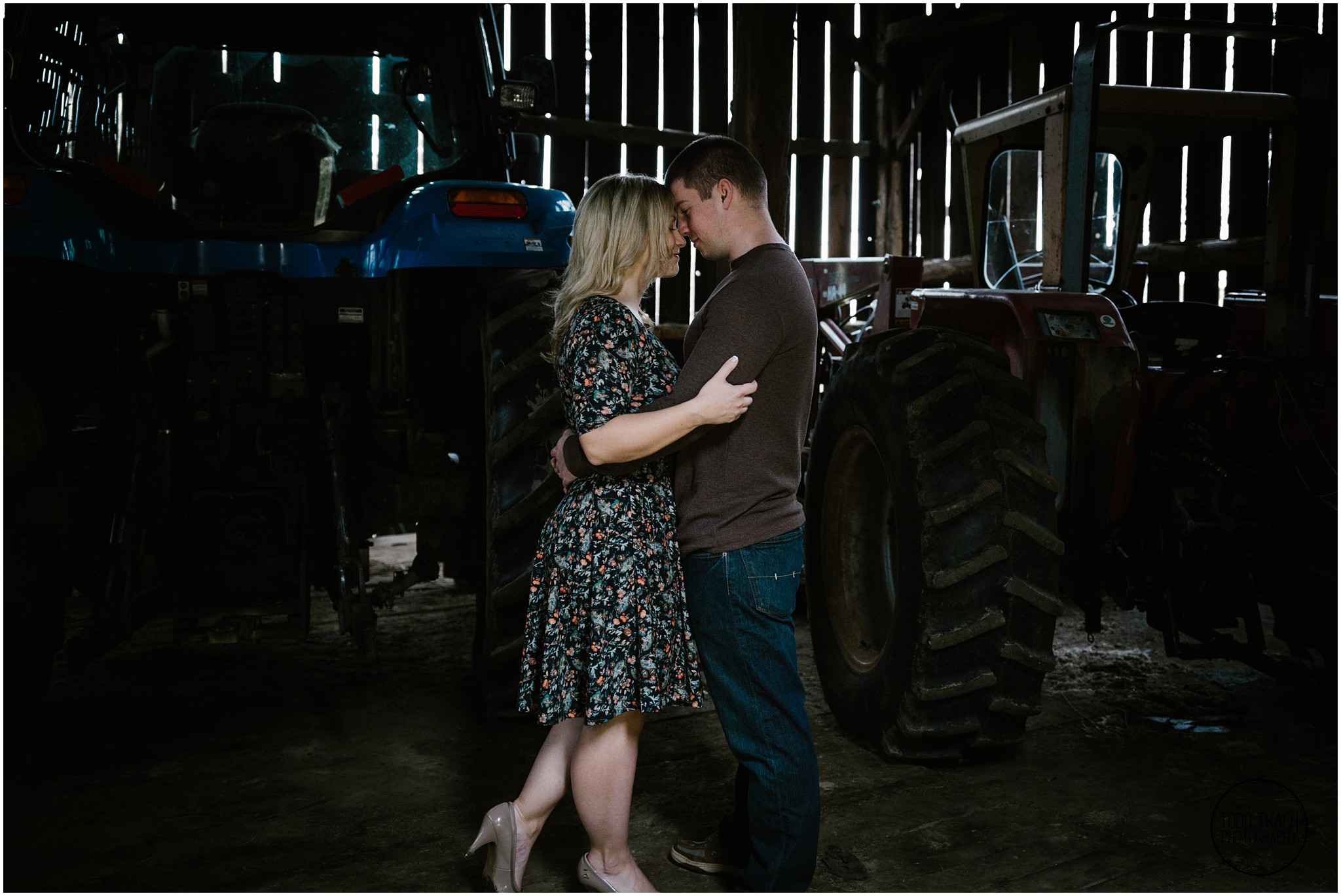 Christie & Scott - Barn Portrait