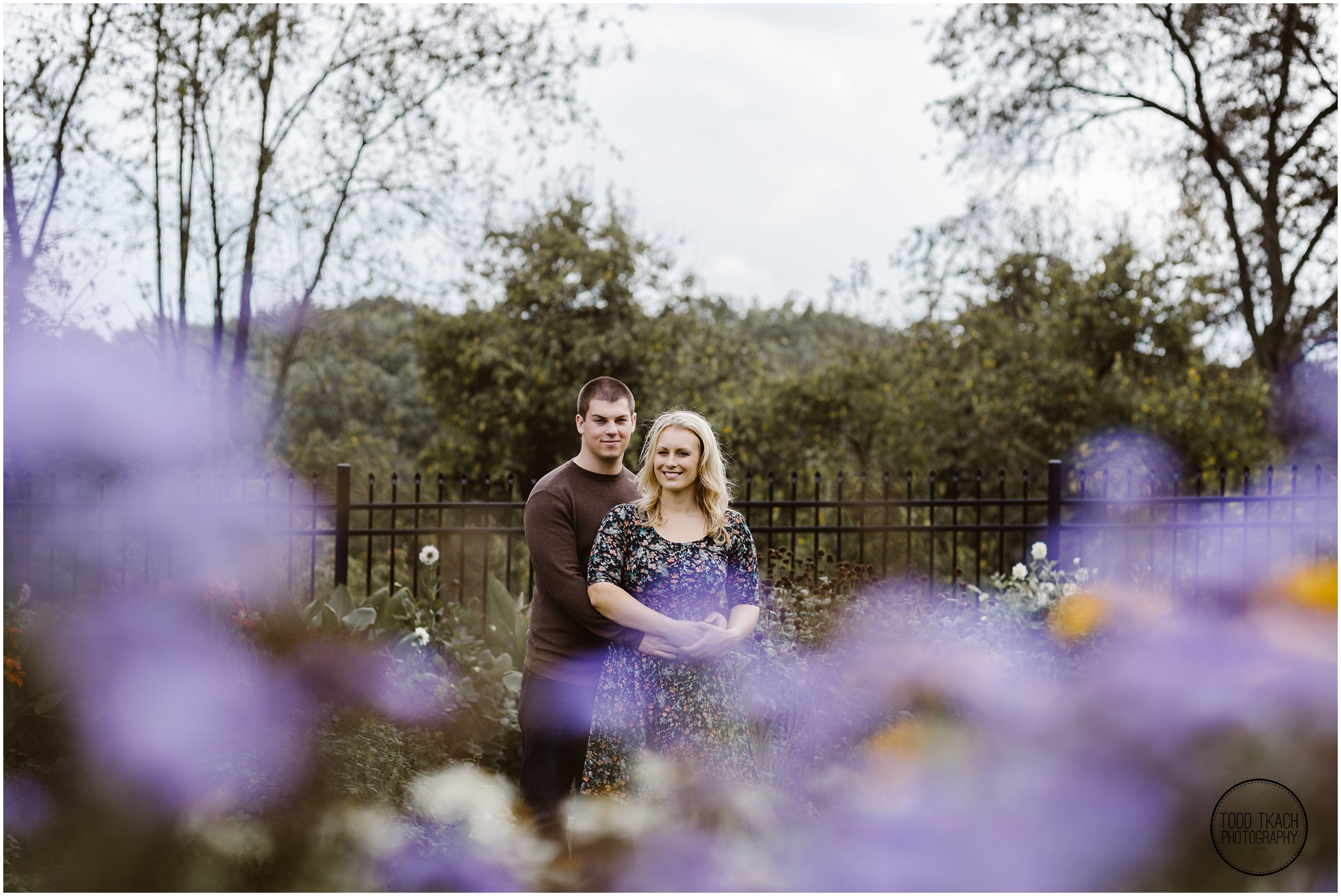 Christie & Scott - Hartwood Flower Gardens Portrait